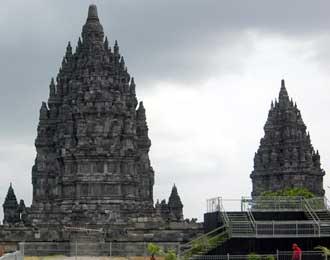 330 x 260 · 10 kB · jpeg, KLATEN–MI: Gubernur Jawa Tengah Bibit
